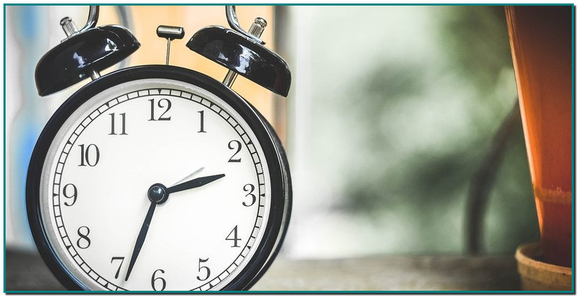 Comment préparer son organisme au changement d'heure ? Décalage horaire même quand on ne bouge pas de fuseau ? C'est le phénomène qu'impose le changement d'heure d'hiver qu'on subira ce dimanche 25 octobre. Découvrez quelques astuces afin de ne pas troubler votre organisme.