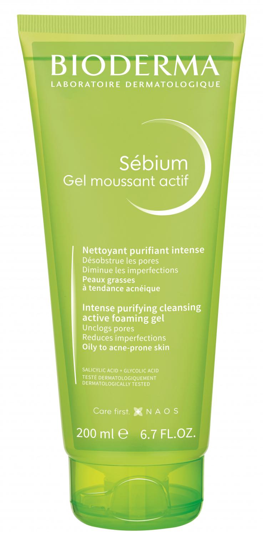 BIODERMA Nettoyant anti-imperfections. Désobstrue les pores. Tout en respectant votre peau. Sébium Gel moussant actif est tout spécialement formulé pour les peaux à tendance acnéique